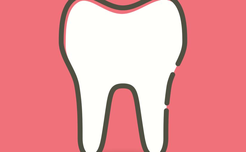 Prześliczne urodziwe zęby również olśniewający prześliczny uśmiech to powód do dumy.